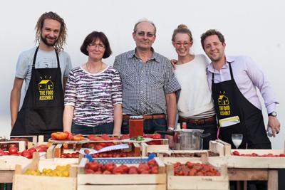 Die Food Assembly im Hof des Colabors Foto: © Semjon Mooray